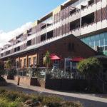 刑務所の跡地に佇む居心地の良いカフェ。The boot factoryでオーストラリア風の食事を楽しもう。