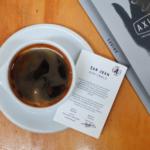 メルボルン内に4店舗を構えるAxil Coffee Roastersの本店、ホーソン店に行ってきました。